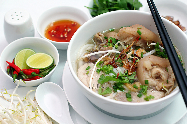 cach lam banh canh cua gio heo 2
