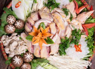 Nguyên liệu cho món lẩu gà thuốc bắc